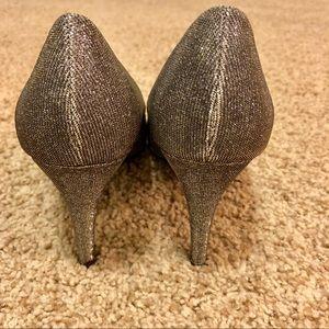 Bandolino Shoes - 7.5 Bandolino gold sparkly heels